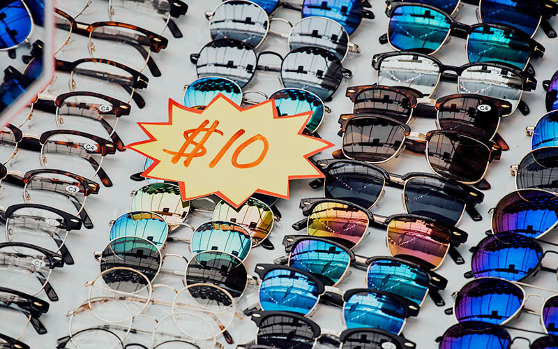 ロスリーダー価格は目玉商品で客寄せをおこなう